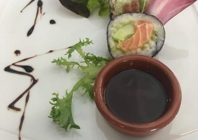 Makis au Saumon Cru, Avocat Wasabi