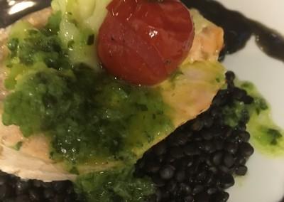 Roulé de Saumon à l'Oseille, Lentilles Noires Beluga